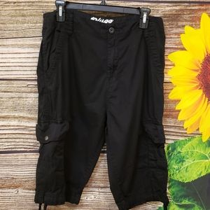 Plugged black Cargo capris sze 33 Pre-owned